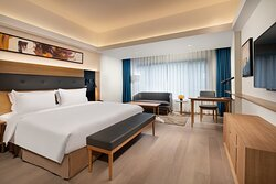 Holiday Inn Deluxe Premier Room