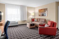 One-Bedroom King Suite - Living Room