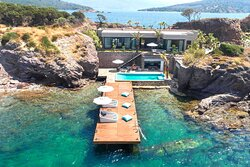Secluded Bay Villa