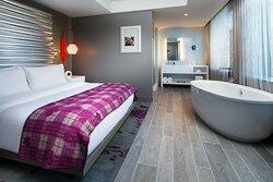 Fantastic Suite - Bedroom