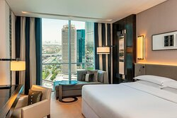Deluxe View Room Guest room, 1 King, Sheikh Zayed R. view