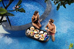 Floating Breakfast Experience