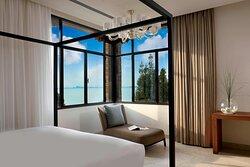 Villa Rose Suite