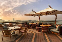 Sunset Grill - Terrace