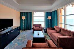 Club Executive Suite - Living Room