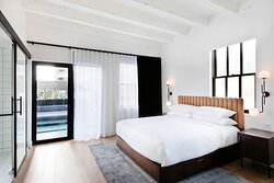 King Penthouse Master Guest Room