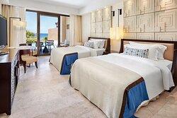 Twin/Twin Premium Infinity Sea View Guest Room