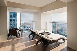 St.Regis 2 - Apartment Balcony