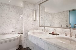 St Georges Penthouse Guest Bathroom