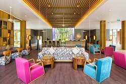 Colorful lobby with fresh air and wifi access
