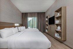 Queen/Queen Suite - Bedroom