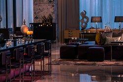 The Lounge - Bar