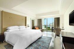 Deluxe Ocean View - Bedroom