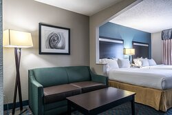 Holiday Inn Express & Suites Roanoke Rapids SE Two Queen Bed