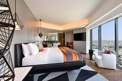 King Cool Corner Suite