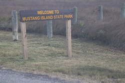 WELCOME TO mUSTANG iSLAND sTATE pARK