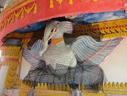As you reach higher levels in the pagoda the flying elephant suggests greater happiness & freedom with good thoughts