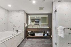 Jetted Tub Suite Bathroom