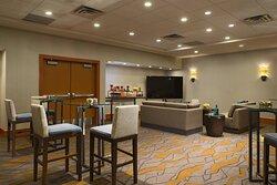 Hillhurst Meeting Room – Meetings Imagined Setup