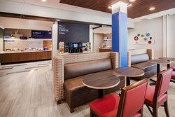 Holiday Inn Express Radcliff - Fort Knox Breakfast Bar