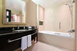 One-Bedroom Apartment - Bathroom