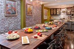 700 Drayton Cooking School