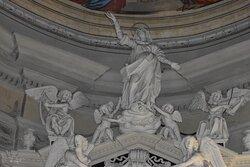 Sculpures over an altar