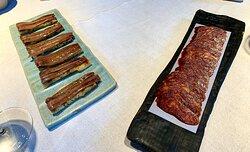 anchoas en pan de cristal y chorizo casero