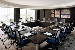 voco provide a number of meeting spaces as conference rooms