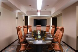 Executive Suite - Business Room