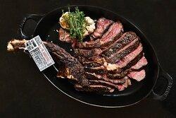 JW Steakhouse - Tomahawk