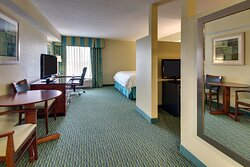 Kids Suite with King Bed, Bunk Beds and Xbox