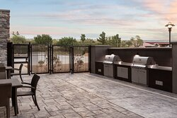 Fire up the Grill- on this cozy patio- Go Falcons