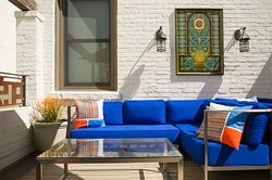 Take in the California sun: Our outdoor lounge awaits.