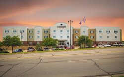 Welcome to the Candlewood Suites Temple TX!