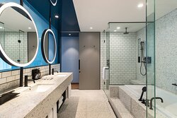 Producer Suite - Bathroom