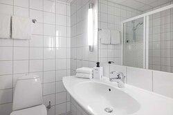 Scandic Alexandra Molde Room King KR Bathroom