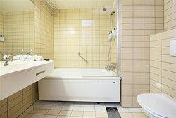 New Scandic Karasjok Karasjok superior room bathroom