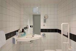Scandic Solsiden Room SR SF Bathroom