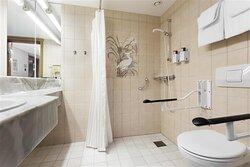 NEW Scandic Hell Vaernes standard room queen bed