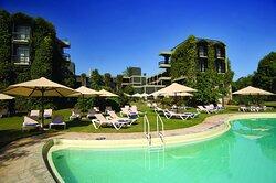 Taita Hills Safari Resort & Spa Sunbeds by the pool