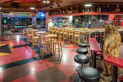 Pasco Hotel Grizzly Bar