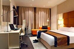 Holiday Inn Madrid - Las Tablas Executive Room