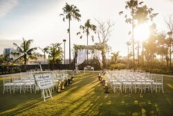 Outdoor Wedding - Garden Venue
