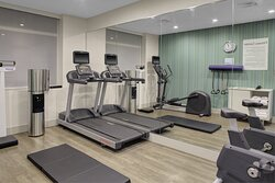 Begin your morning or end a stesfull day in our fitness Center