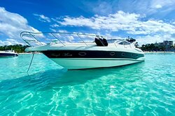 MM Royale Yachts
