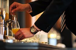 Our Club Floor provides complimentary soft beverages.
