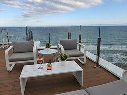 Rooftop Bar con vistas al Mar