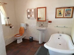 Fynbos bathroom 2