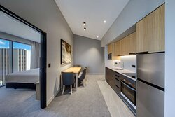 vibe hotel hobart two bedroom apartment kitchenette